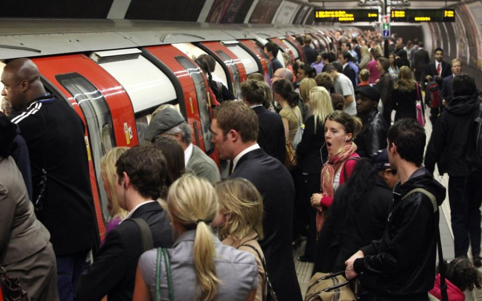 commuter-chaos-as-rmt-workers-bring-london-underground-to-a-standstill-88415027-5a687074d3c07